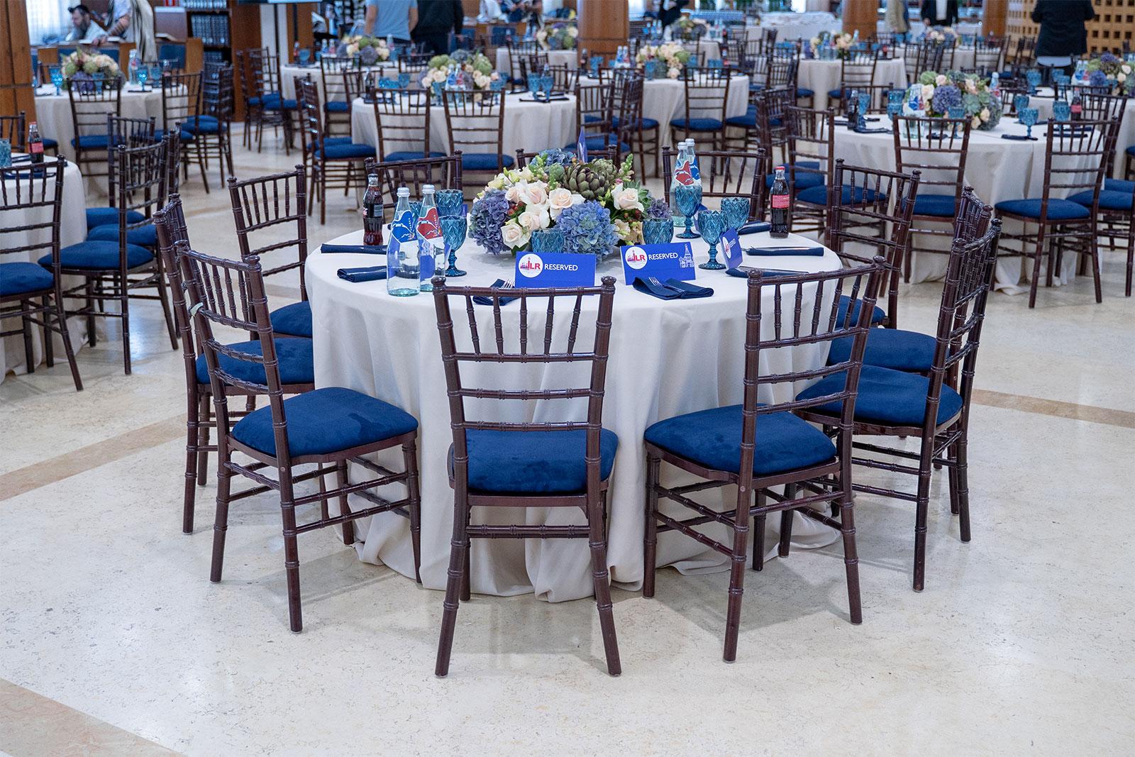 Банкетные столы на мероприятии